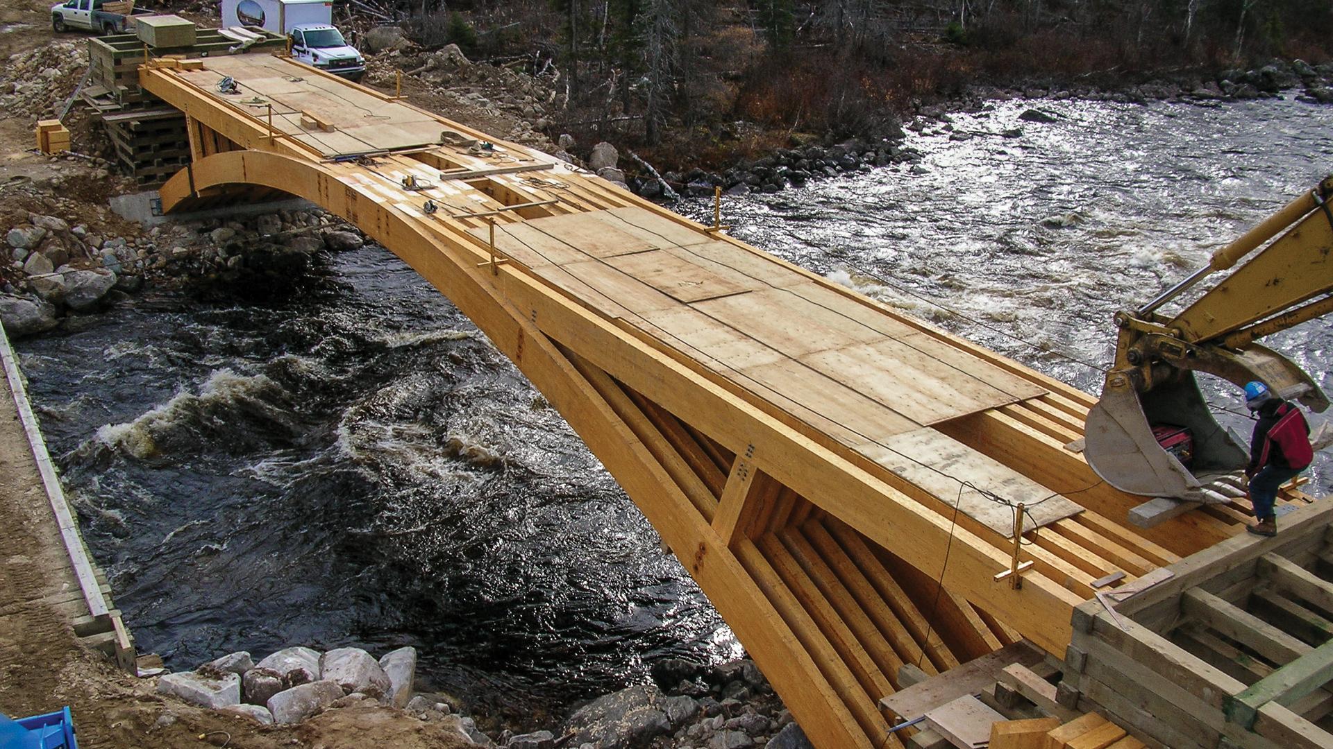 Bois dingénierie  Projets  Réalisations  Pont de la rivière ~ Construction De Pont En Bois